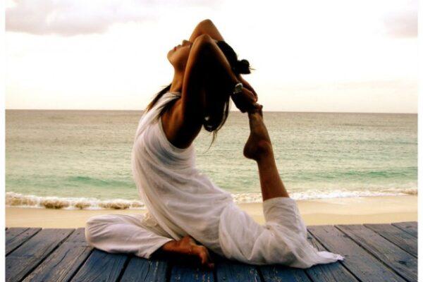Haz una pose: los sorprendentes beneficios del yoga
